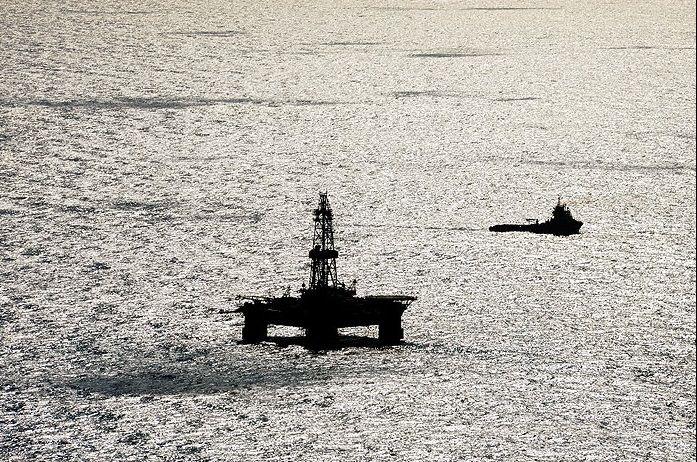 برنامههای اکتشاف و توسعه منابع نفتی دریای خزر ادامه دارد