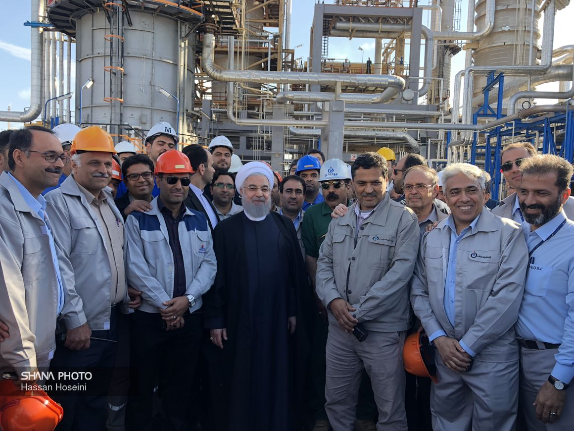 صنعت پالایش نفت کشور  ایستاده بر قله موفقیت