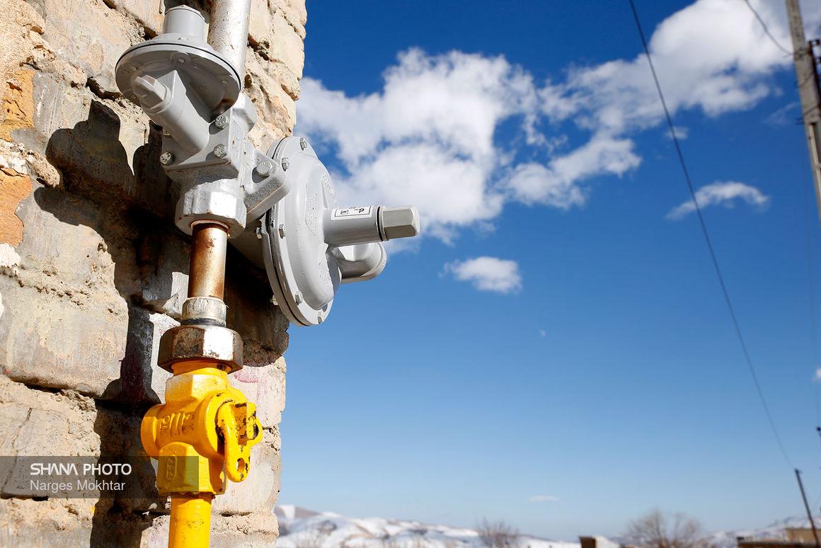 تداوم بازرسی و نشتیابی شبکههای گاز آذربایجانغربی در سال ۹۸