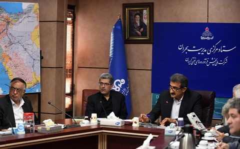 تسهیل فرآیند تحویل سوخت به ستاد مدیریت بحران استانهای سیلزده