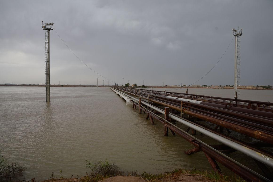 آلودگی ناشی از نشت نفت در مناطق سیلابی وجود ندارد