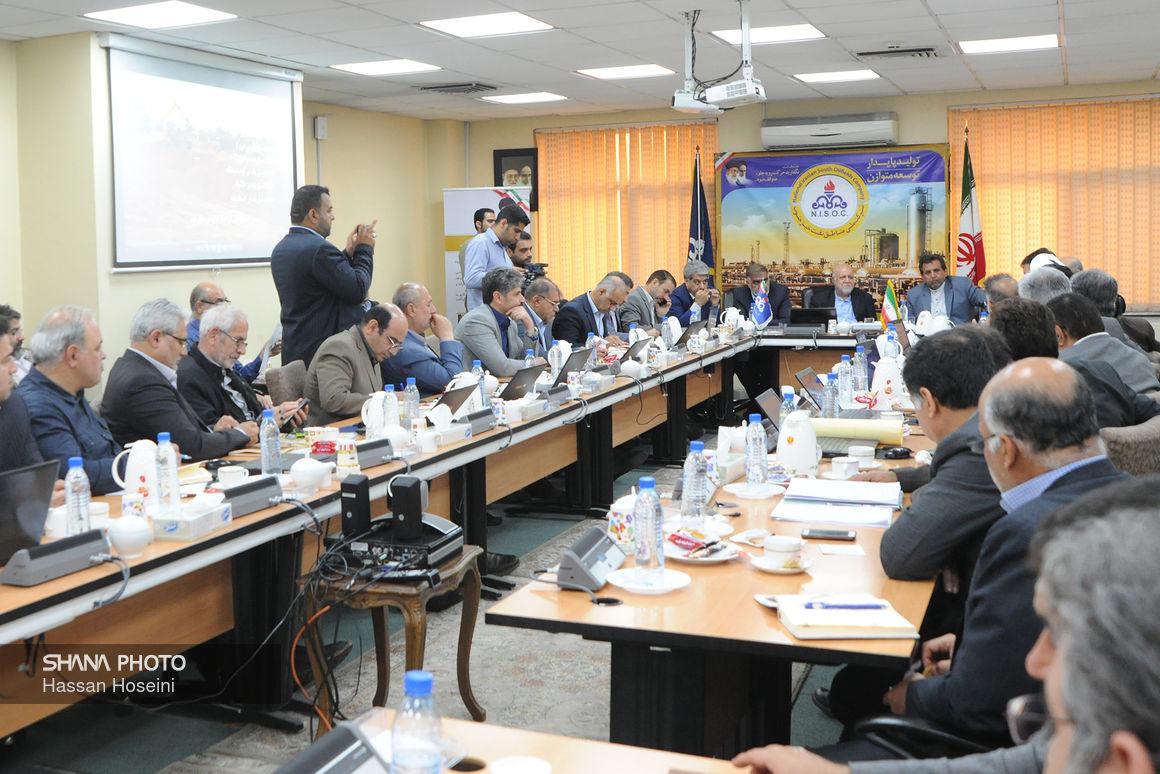 نشست وزیر نفت با نمایندگان خوزستان در مجلس