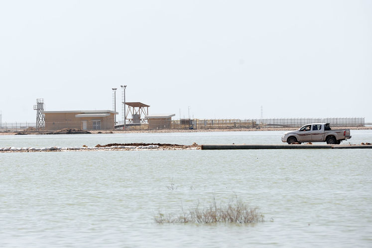 جاده دسترسی به تاسیسات نفتی در هورالعظیم