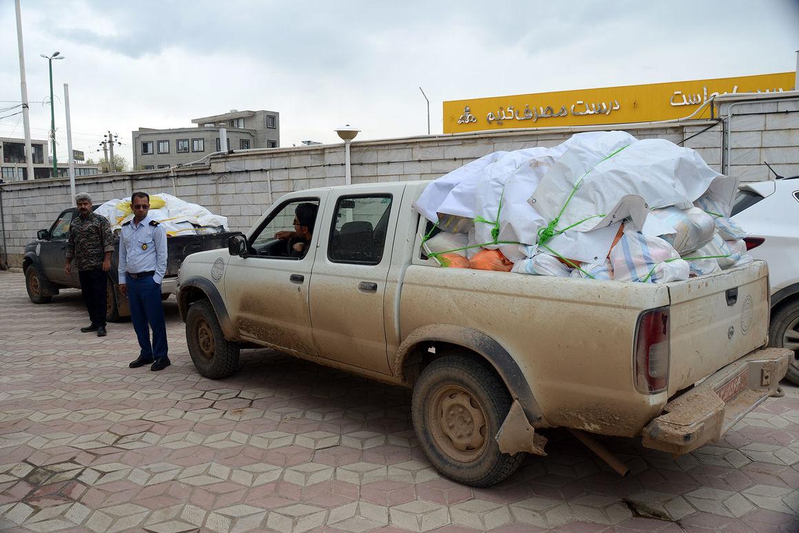 ارسال دومین کاروان کمکهای پالایشگاه گاز بیدبلند به مناطق سیلزده
