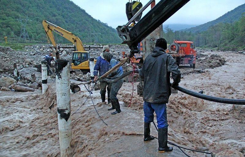 تمهیدات نفت برای تخلیه آبهای سطحی شهرستان کارون