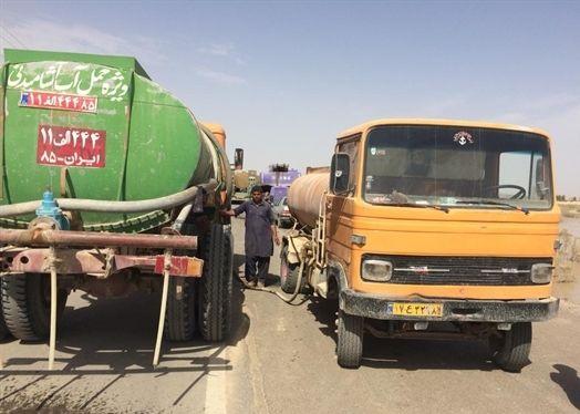 توزیع بیش از ۲۷۵ هزار لیتر سوخت در مناطق سیلزده سیستان و بلوچستان