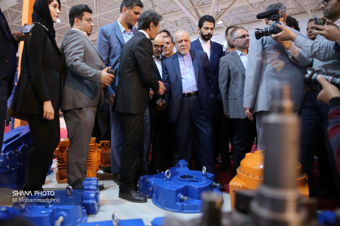 بازدید وزیر نفت از بیست و چهارمین نمایشگاه بینالمللی