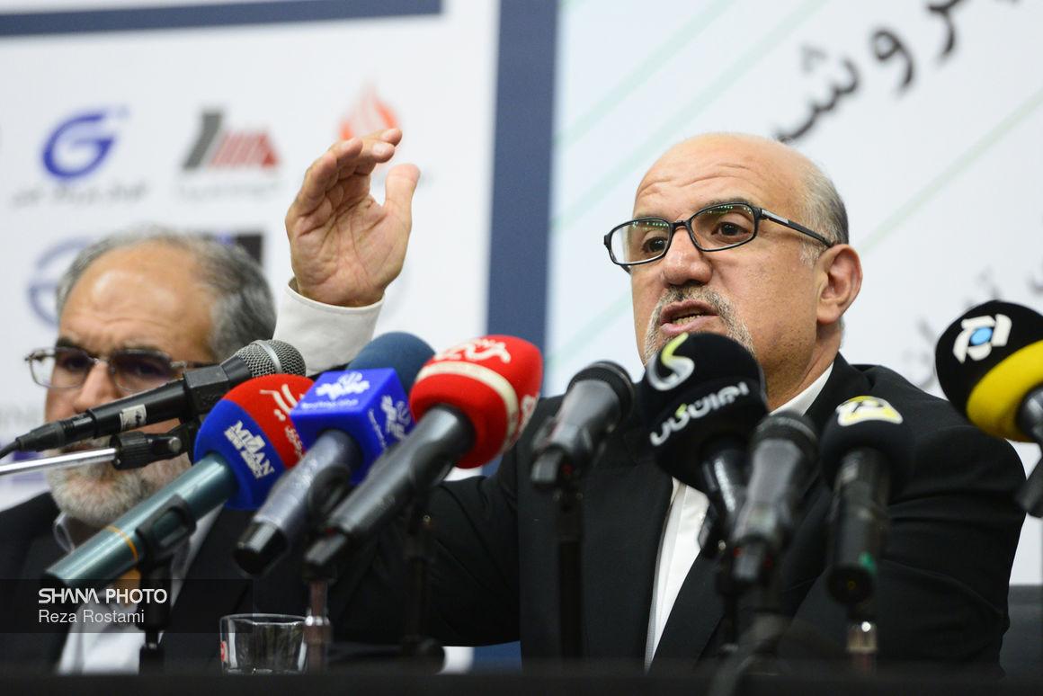 نشست خبری معاون وزیر نفت در امور پتروشیمی در بیست و چهارمین نمایشگاه نفت