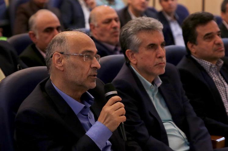 سید مهدی حسینی، رئیس پیشین کارگروه تدوین الگوی جدید قراردادهای نفتی ایران