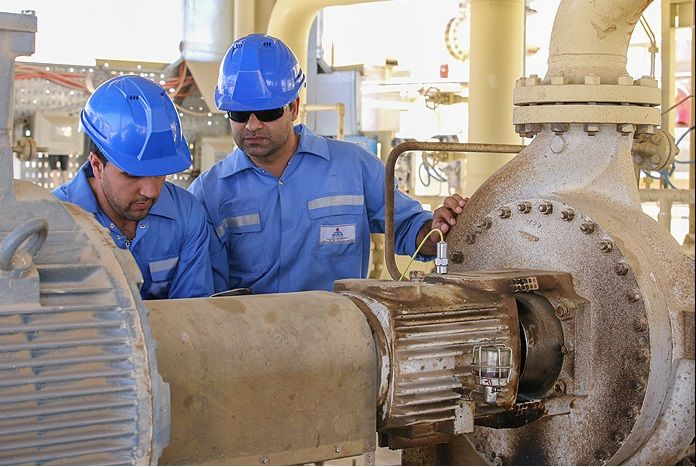 عملیات اجرایی طرح نگهداشت و افزایش تولید نفت میدان سعادتآباد آغاز شد