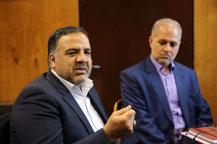 مجید بوجار زاده، رئیس پیشین روابط عمومی شرکت ملی گاز ایران و محمد عسگری،رئیس روابط عمومی شرکت ملی گاز ایران