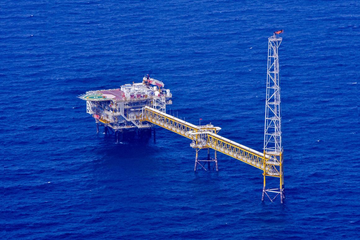 بازیابی سهم ایران در میدانهای مشترک نفت و گاز در ۸ سال گذشته