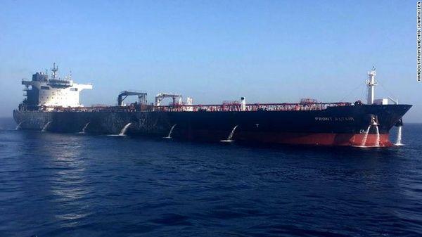 افزایش کرایه نفتکشها به دلیل تحریمهای آمریکایی
