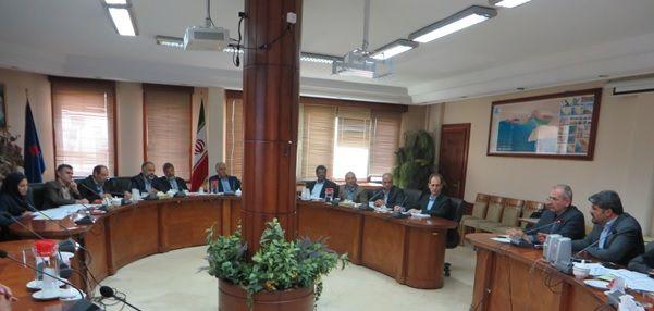 برگزاری نشست کمیته راهبری طرح توسعه فناوری سنگهای کربناته دشت آبادان