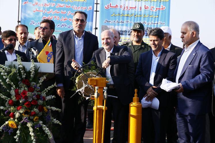 افتتاح پروژههای گازرسانی آذربایجانشرقی با حضور رئیسجمهوری