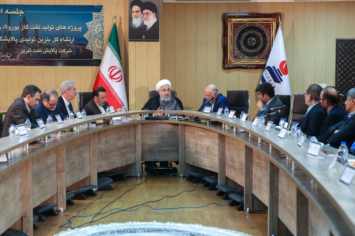 روحانی: وزارت نفت در ارتقای کیفیت سوخت و محیط زیست گامهای بلندی برداشته است