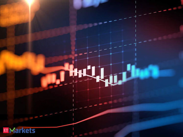کاهش قیمت نفت در پایان هفته پر فراز و نشیب