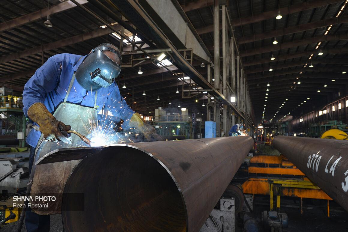 بازدید از کارخانههای لولهسازی اهواز و فولاد اکسین خوزستان