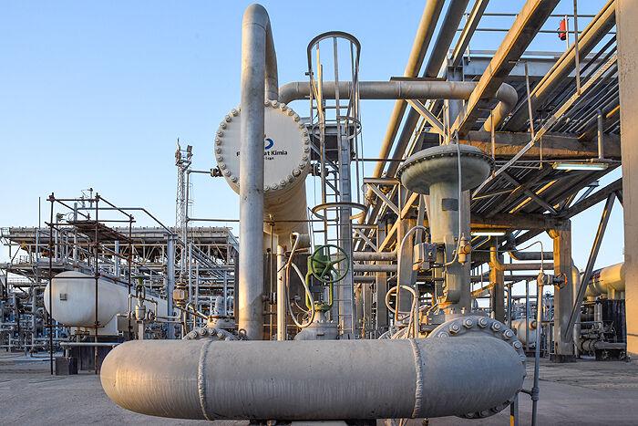 تلاش پالایشگاه سرخون و قشم برای خودکفایی در ساخت توربین گازی
