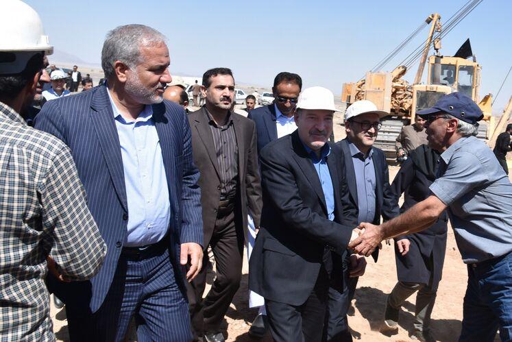 بازدید معاون وزیر نفت در امور گاز از روند احداث خط انتقال گاز زاهدان - دوراهی دشتک
