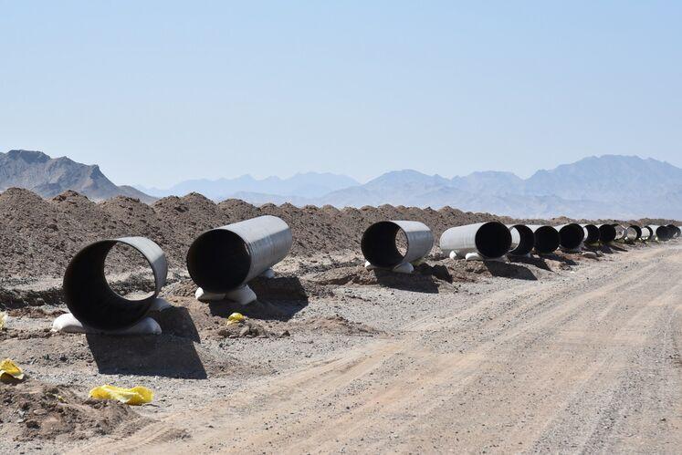 لولههای 36 اینچ خط انتقال گاز زاهدان - دوراهی دشتک