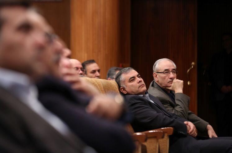 امیر حسین زمانی نیا، معاون امور بین الملل وزیر نفت