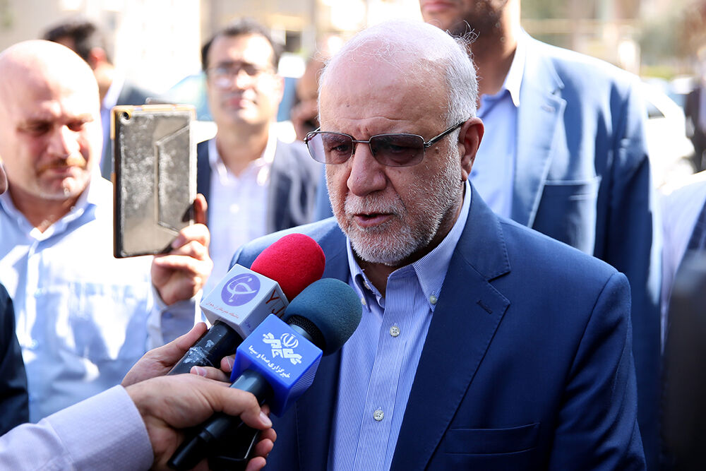 US Using Oil as Weapon: Zangeneh