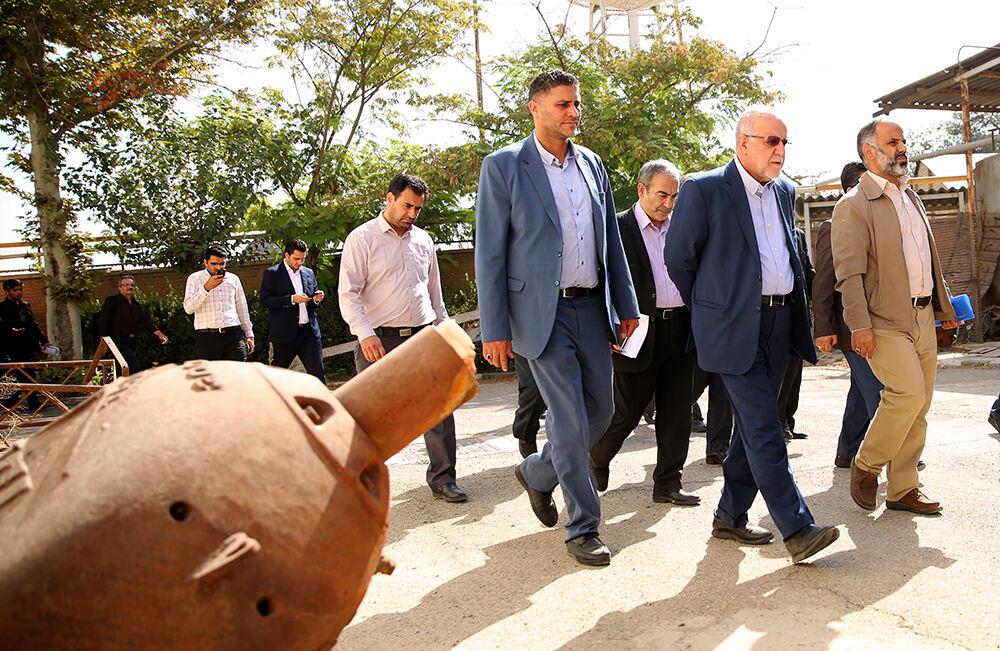 بازدید وزیر نفت از روند آمادهسازی محل ساخت پارک فناوری و توسعه استارتآپها