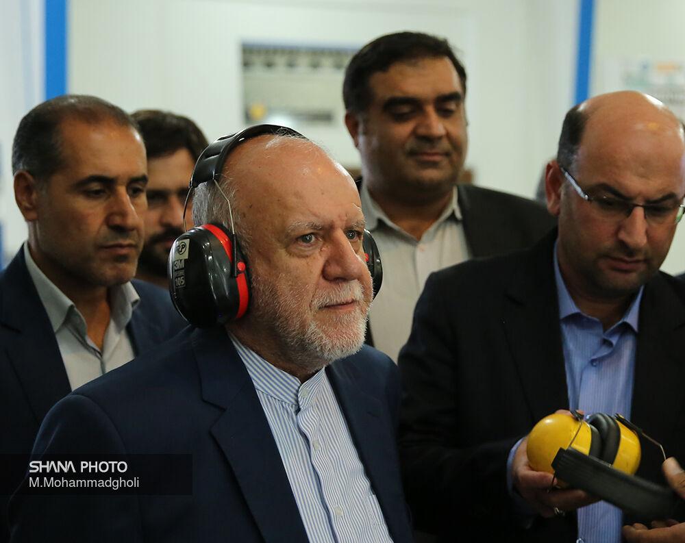 بازدید وزیر نفت از ۲ کارخانه نوآوری در غرب تهران