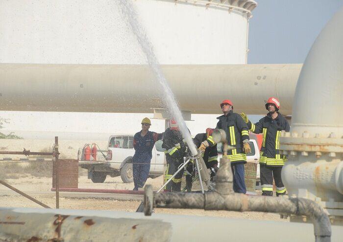 رزمایش مهار آتش مخزن اتمسفریک جدید نفتخام لاوان برگزار شد