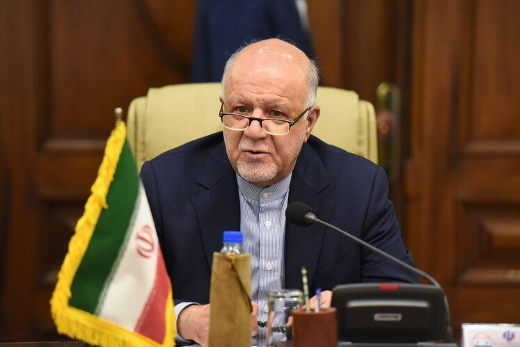 دیدار بیژن زنگنه، وزیر نفت ایران