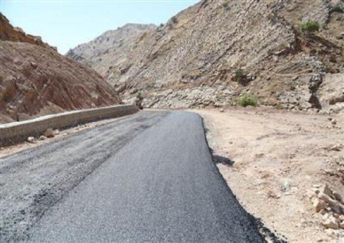 عملیات آسفالت جاده روستایی مسجدسلیمان به ایذه با اعتبار۱۷ میلیارد ریال آغاز شد