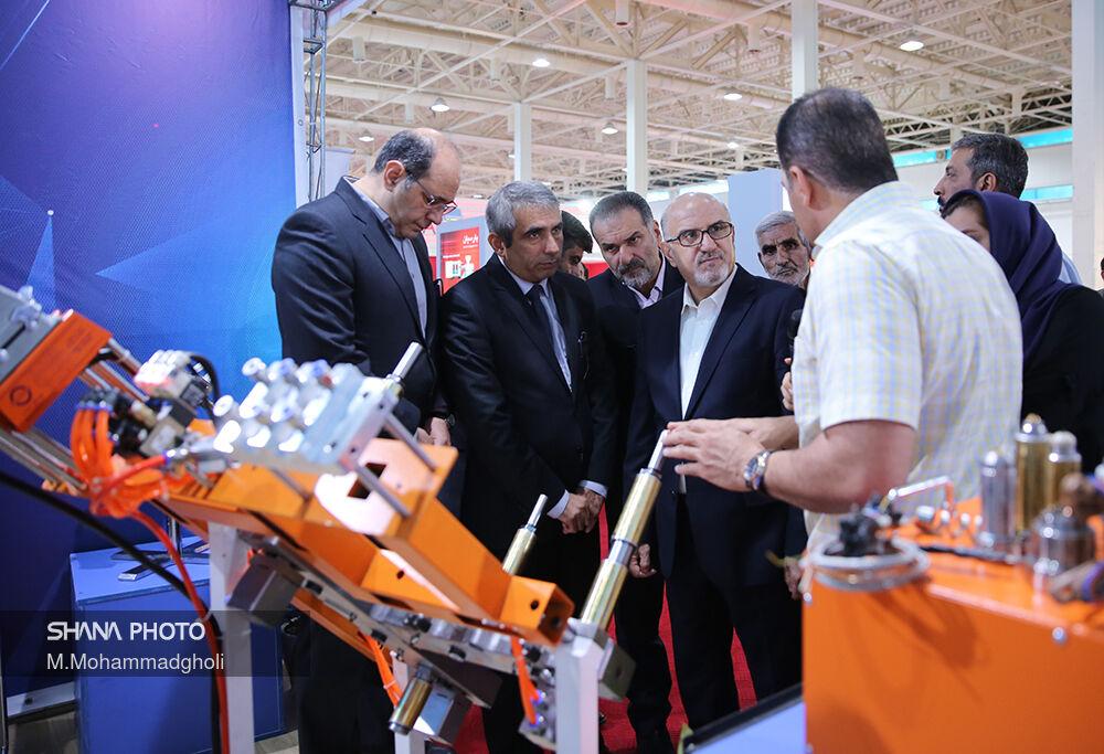 بازدید مدیر عامل شرکت ملی صنایع  پتروشیمی از نمایشگاه بینالمللی ایرانپلاست