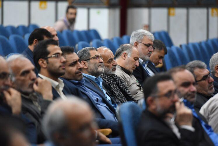 نشست تخصصی فرماندهان پایگاههای بسیج وزارت نفت