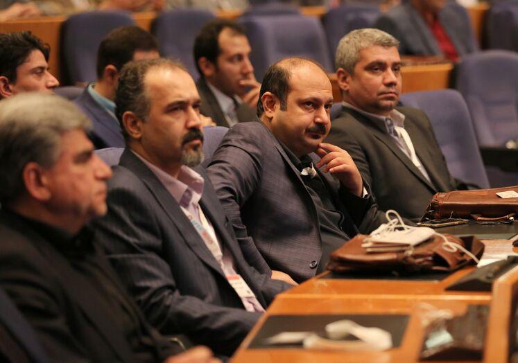 شرکتکنندگان در پنجمین کنگره راهبردی و نمایشگاه نفت و نیرو مهرماه ۹۸