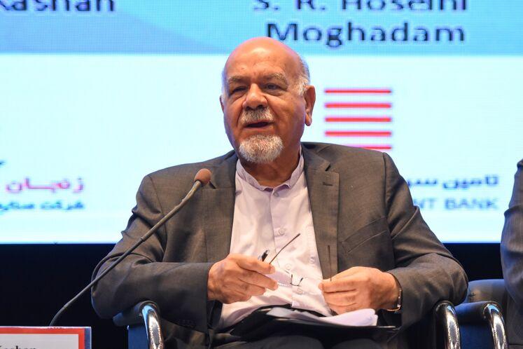 اصغر فخریه کاشانی، مشاور عالی پتروشیمی زنجان