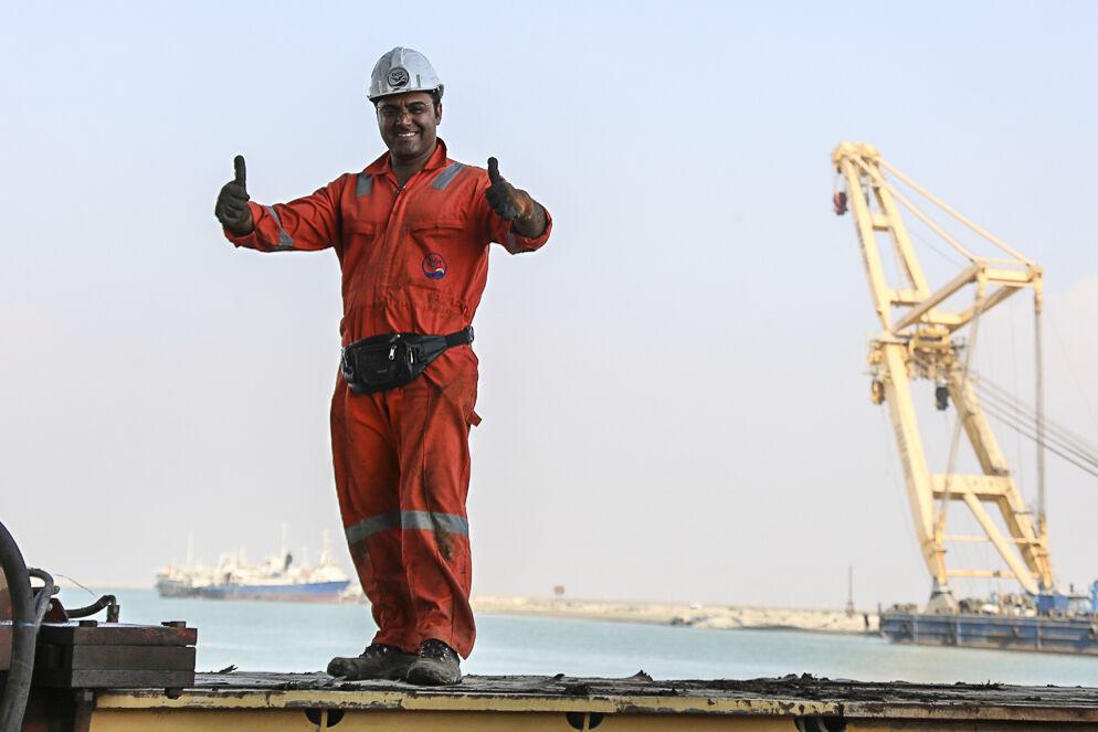 دستور وزیر نفت درباره فوقالعاده تخصصی کارکنان شاغل در دریا