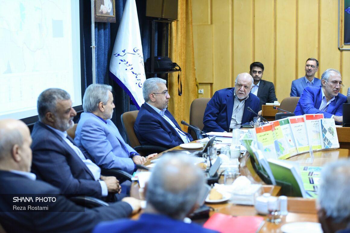 حضور وزیر نفت در سومین نشست شورایعالی آمایش سرزمین