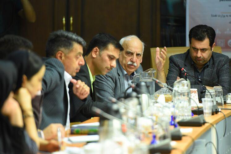 حسین عبده تبریزی، دبیر کنفرانس توسعه نظام مالی در صنعت نفت
