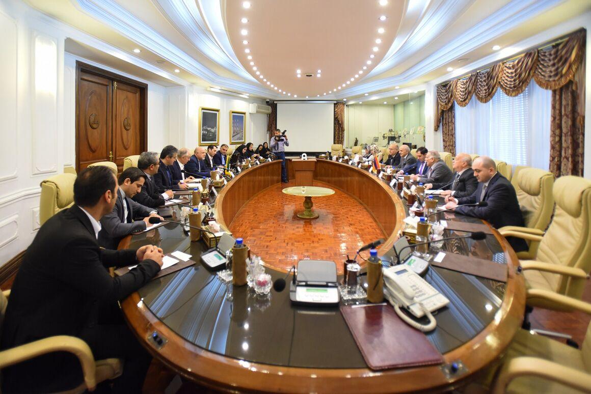 Iran, Armenia Discuss Gas Exports