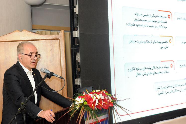 حسین علیمراد، مدیر سرمایهگذاری شرکت ملی صنایع پتروشیمی