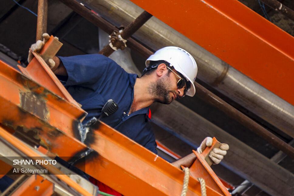 سقف تعهدات بیمه تکمیلی کارکنان قراردادی نفت افزایش مییابد