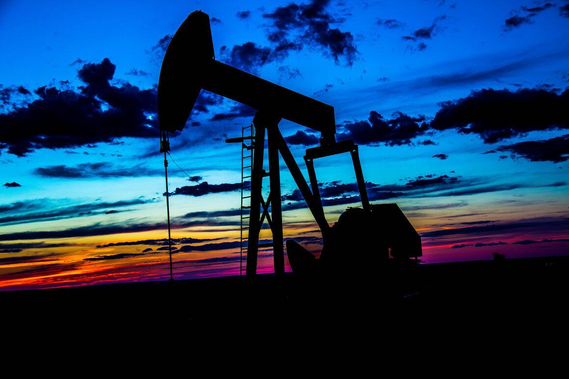 سرمایهگذاریها در صنعت انرژی آمریکا کاهش مییابد