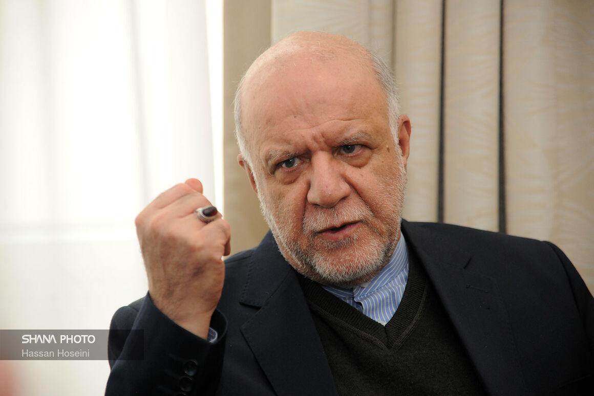 از حق ملت ایران نمیگذرم