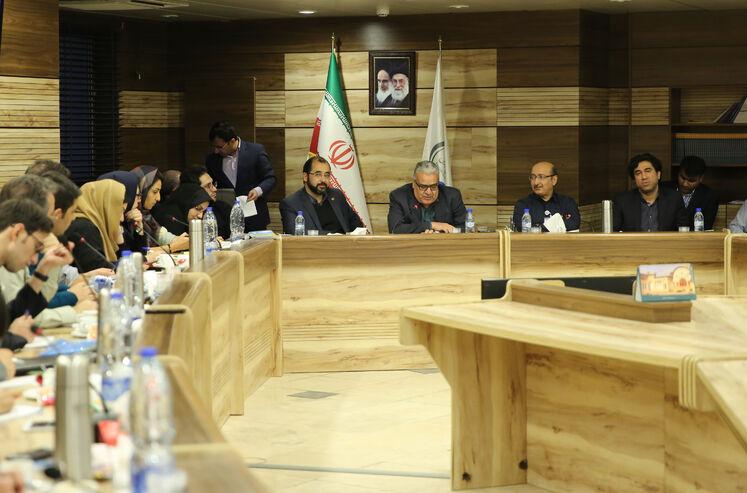 نشست خبری علیرضا شمیم، مدیرعامل شرکت مبین انرژی خلیج فارس با خبرنگاران