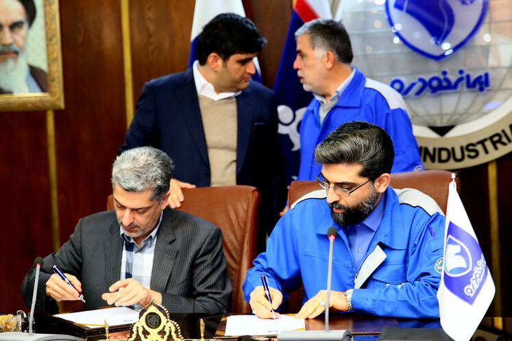 مراسم امضای تفاهمنامه توسعه ناوگان دوگانه سوز