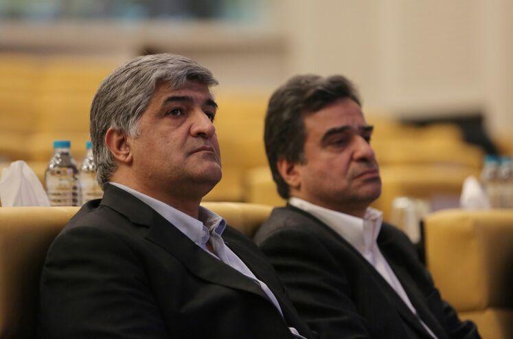 از راست: محمد ایروانی، مدیرعامل و رئیس هیئت مدیره شرکت انرژی دانا و علی اصولی، مدیرعامل شرکت نفت خزر