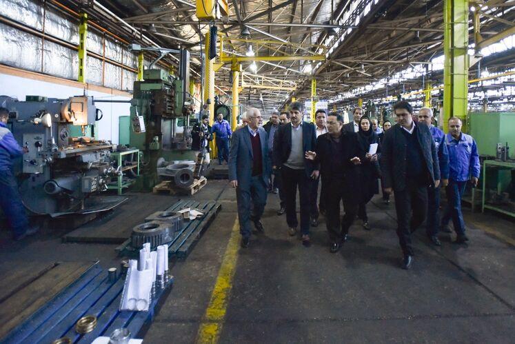 بازدید تورج دهقانی، مدیرعامل شرکت متن از کارگاههای شرکت پتکو تبریز