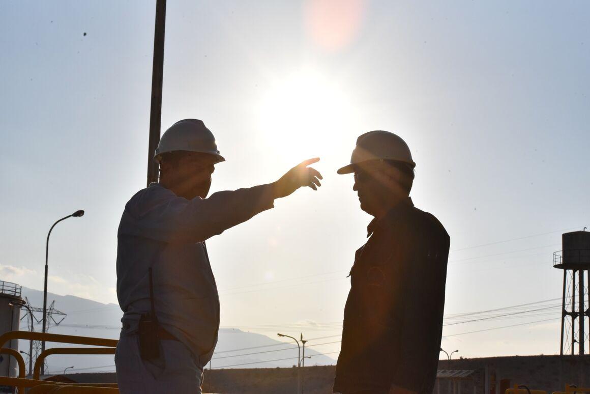 اجرای جدول حقوق بدو استخدام کارمندان صنعت نفت ابلاغ شد