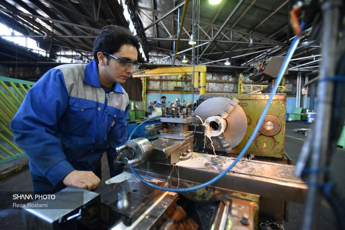 کارگروه مشترک حمایت از ساخت داخل در صنعت پتروشیمی تشکیل شود